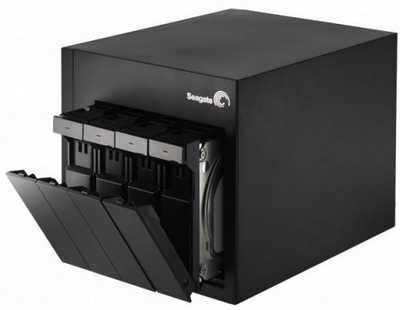 8TB 8000GB Seagate STDE8000300 NAS 4 Bay Pro Network Attached Storage